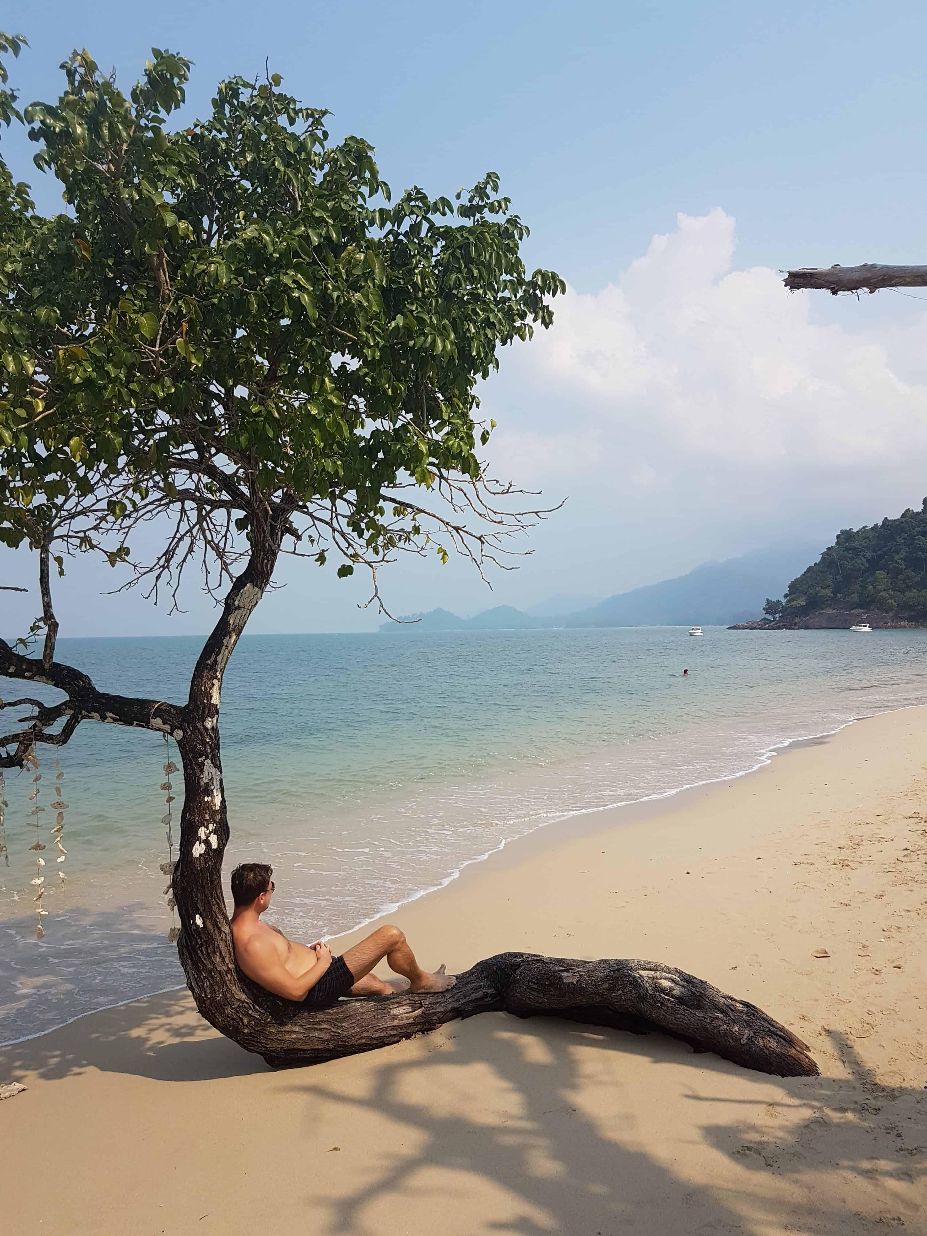 Podróżowanie-a-praca-online
